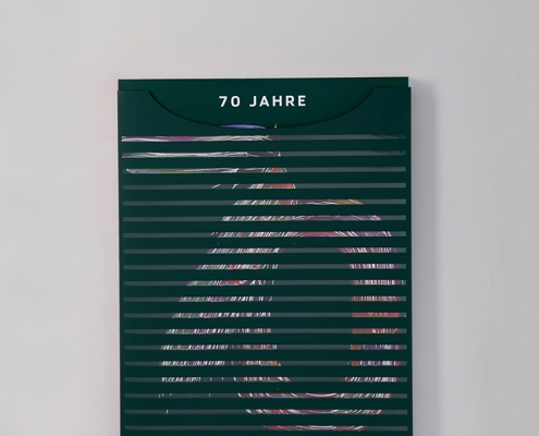 """Mit der Sonderausgabe """"70 Jahre Hamburger Abendblatt"""" produzierte und veredelte das MS BRuno eine exklusive, limitierte Auflage. Jetzt anschauen!"""