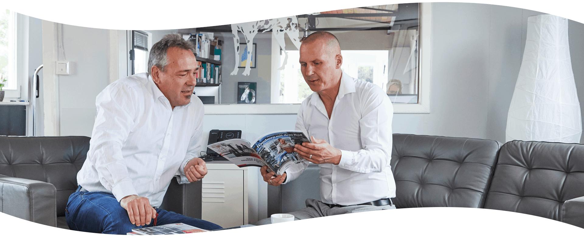Service_Gespraech_mit Magazin